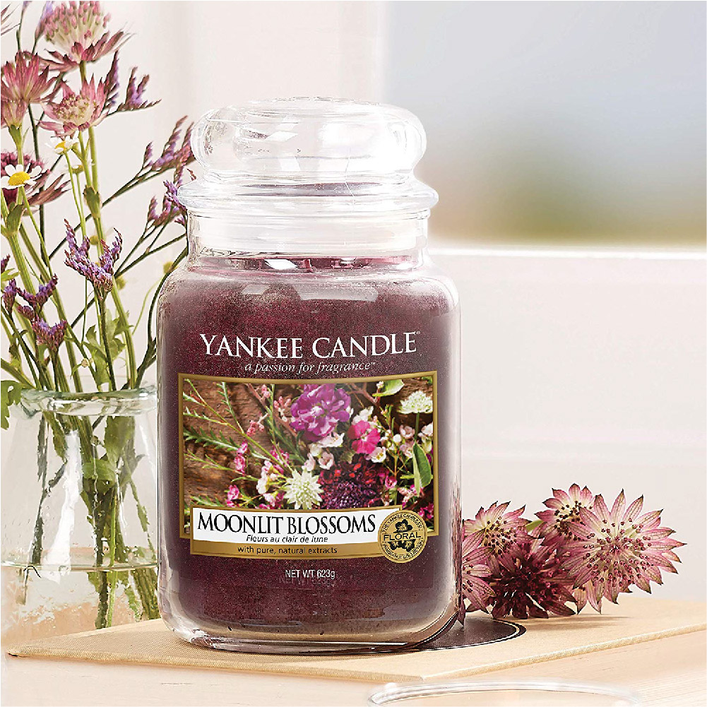 Moonlit Blossoms Yankee Candle
